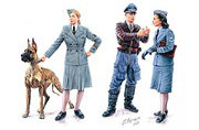 Women at War: Germany, Luftwaffe Helferinnen /3557/