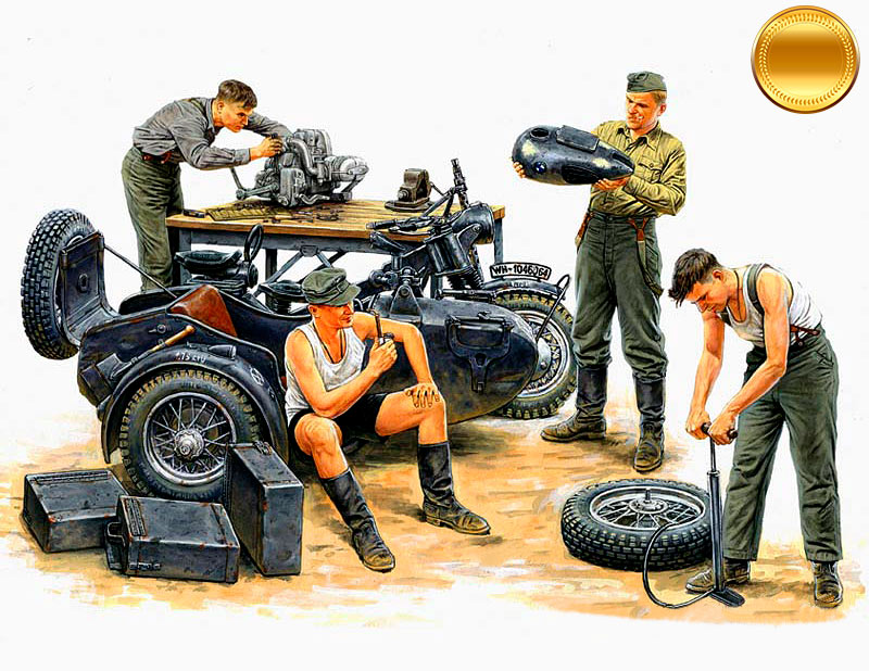 German Motorcycle Repair Crew /3560/